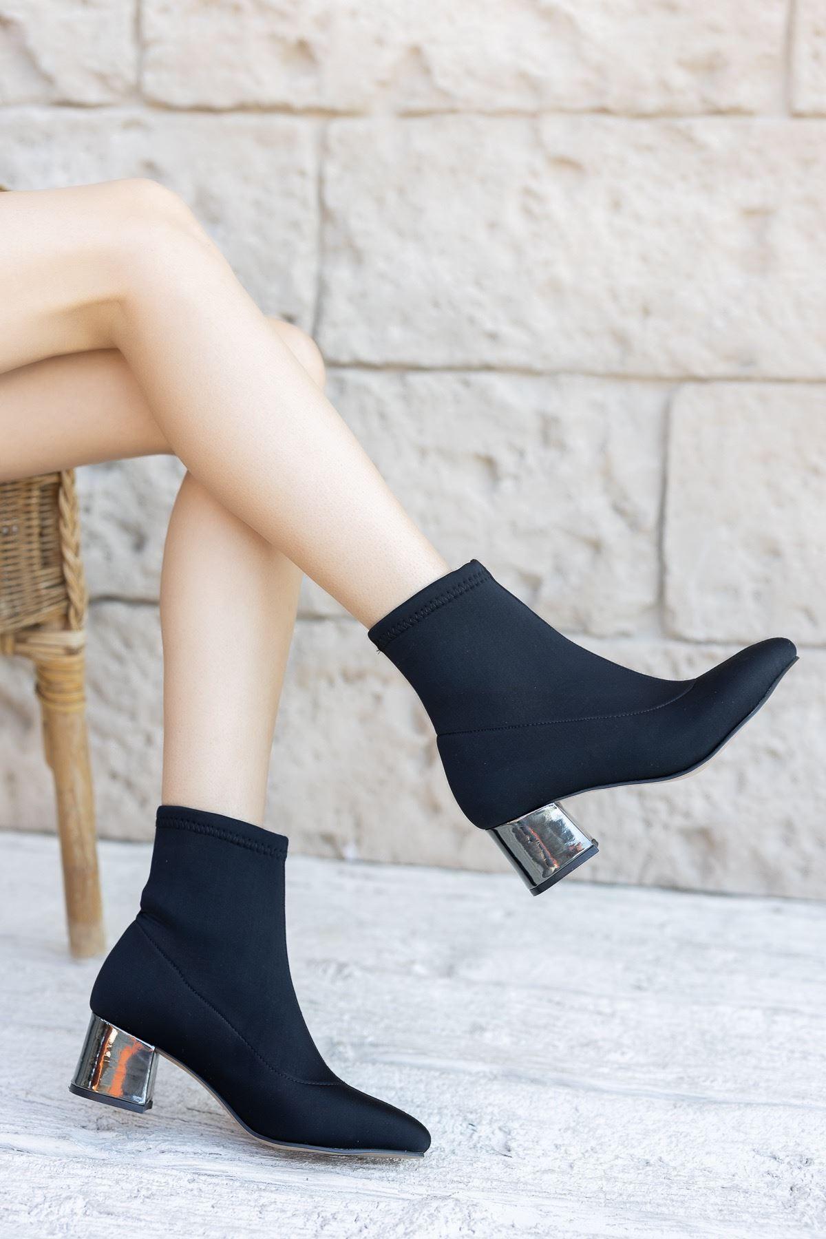 Kadın Papin Dalgıç Kumaş Detaylı Ayna Topuklu Siyah Bot